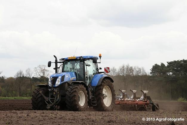 NH T7.270 + Kverneland (26)