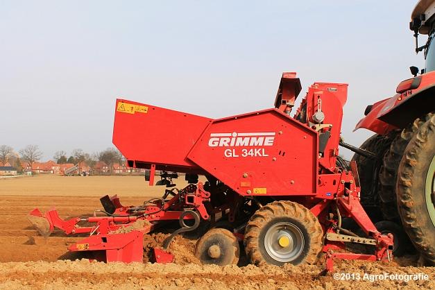 Steyr CVT 6145 + Grimme GL 34KL (23)