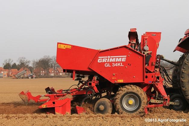 Steyr CVT 6145 + Grimme GL 34KL (6)