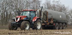 new-holland-t7060-joskin-dezeure-9