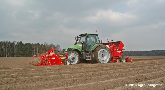 Deutz-Fahr Agrotron 135 MK3 + Grimme GL 34K & RT 300 (17)
