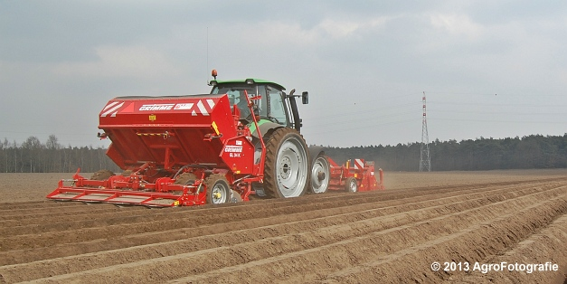 Deutz-Fahr Agrotron 135 MK3 + Grimme GL 34K & RT 300 (23)
