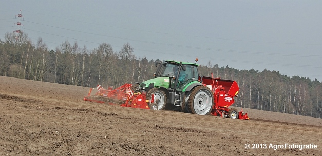 Deutz-Fahr Agrotron 135 MK3 + Grimme GL 34K & RT 300 (25)