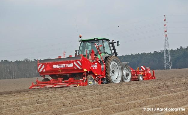 Deutz-Fahr Agrotron 135 MK3 + Grimme GL 34K & RT 300 (8)