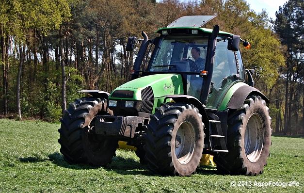 Deutz-Fahr Agrotron 135 MK3 + Pöttinger (1)