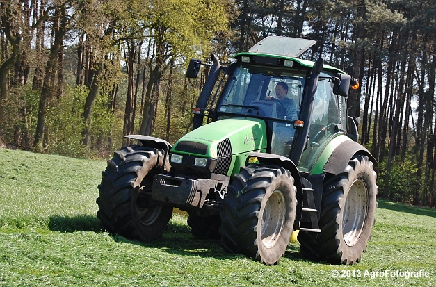 Deutz-Fahr Agrotron 135 MK3 + Pöttinger (14)
