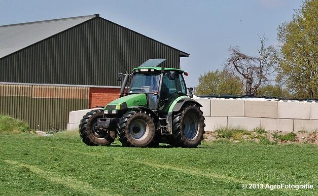 Deutz-Fahr Agrotron 135 MK3 + Pöttinger (17)