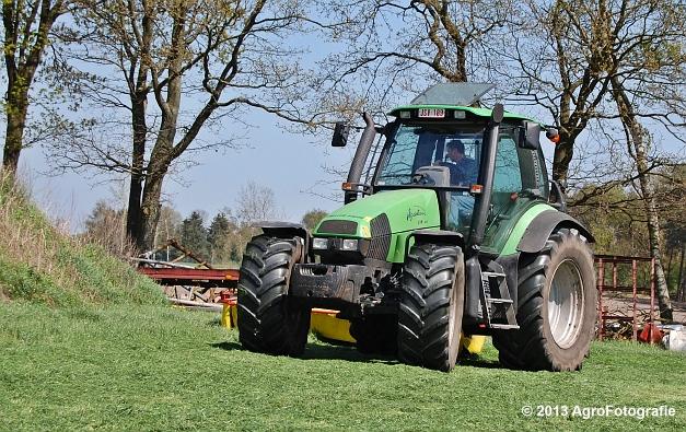 Deutz-Fahr Agrotron 135 MK3 + Pöttinger (21)
