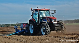 New Holland T6030 + MonoSEM NG plus 3 (27)