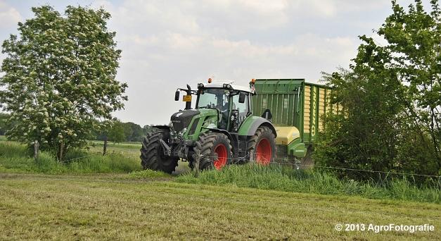 Fendt 824 + Krone ZX 450 GL (1)