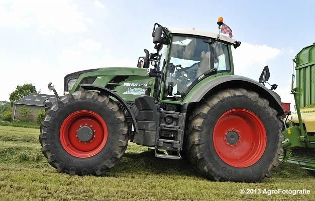 Fendt 824 + Krone ZX 450 GL (13)