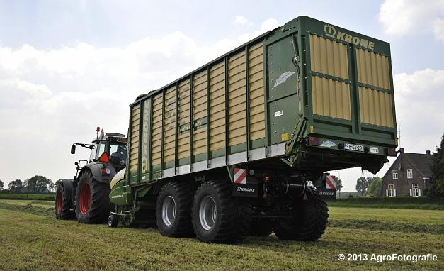 Fendt 824 + Krone ZX 450 GL (15)