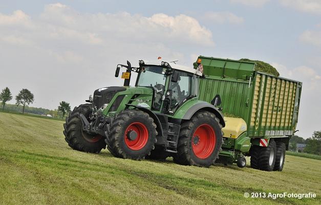 Fendt 824 + Krone ZX 450 GL (19)