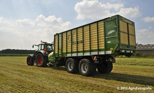 Fendt 824 + Krone ZX 450 GL (3)