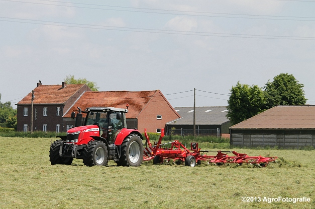 MF 7615 + Lely Lotus (22)