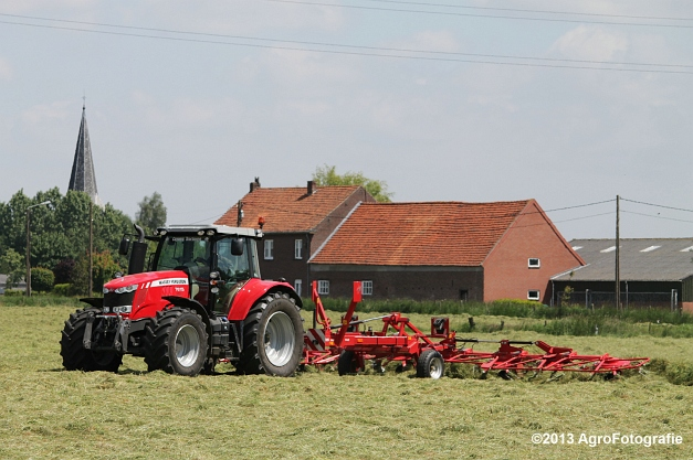 MF 7615 + Lely Lotus (23)