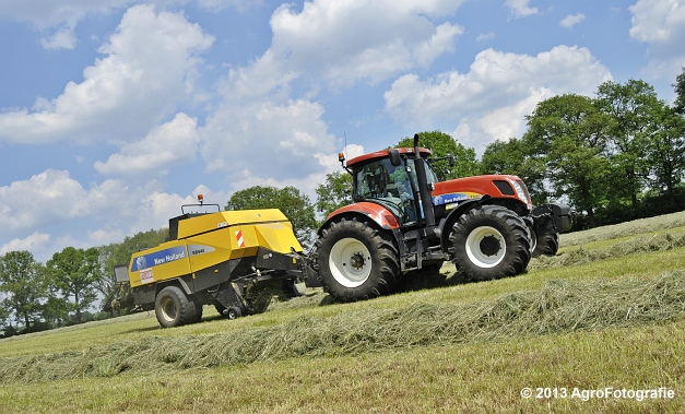 New Holland T7060 + New Holland BB940A (14)
