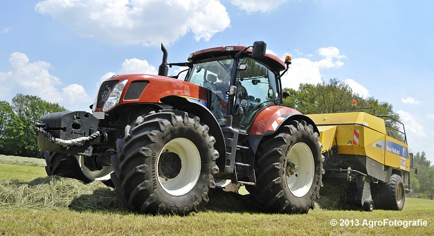New Holland T7060 + New Holland BB940A (20)