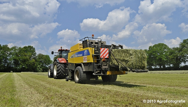 New Holland T7060 + New Holland BB940A (21)