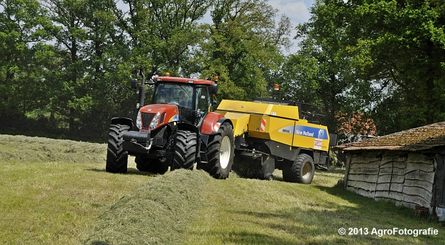 New Holland T7060 + New Holland BB940A (24)