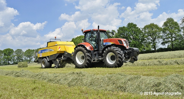 New Holland T7060 + New Holland BB940A (3)