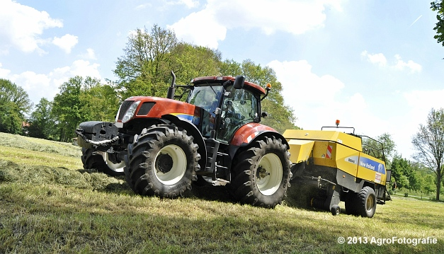 New Holland T7060 + New Holland BB940A (9)