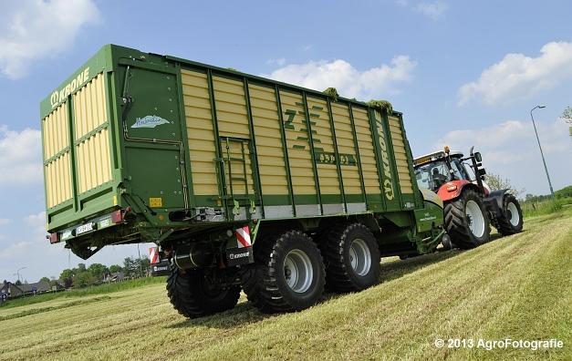 Steyr CVT 6185 + Krone ZX 450 GL (11)