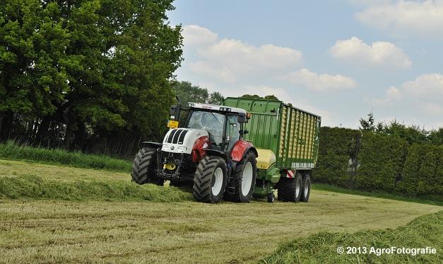 Steyr CVT 6185 + Krone ZX 450 GL (19)