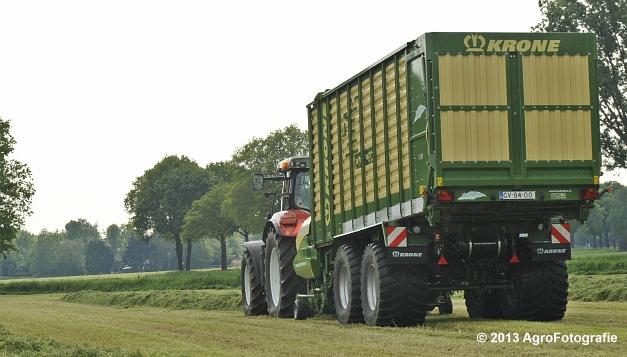 Steyr CVT 6185 + Krone ZX 450 GL (21)