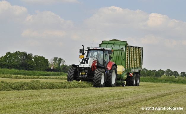 Steyr CVT 6185 + Krone ZX 450 GL (6)