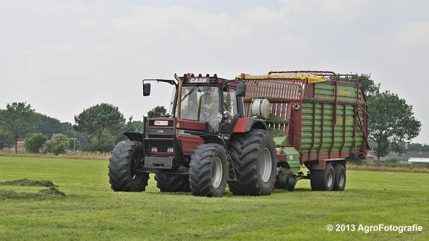 Case IH 1455XL + Strautmann SUPER Vitesse (1)