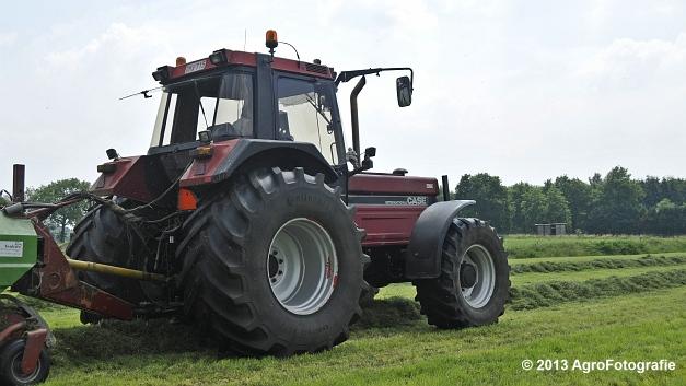 Case IH 1455XL + Strautmann SUPER Vitesse (14)