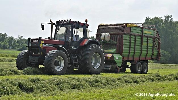 Case IH 1455XL + Strautmann SUPER Vitesse (5)