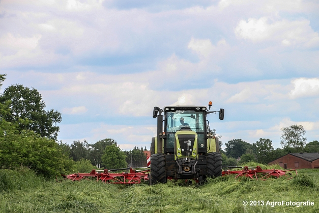 Claas Axion + Lely (14)