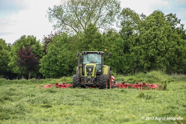 Claas Axion + Lely (17)