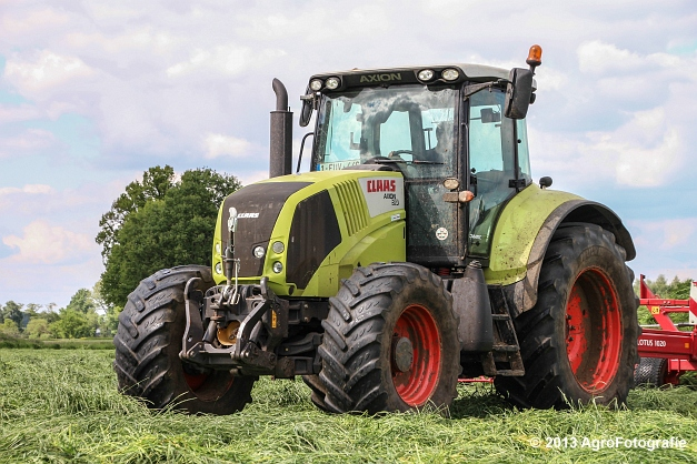 Claas Axion + Lely (6)