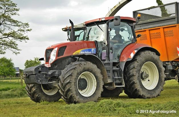 Claas JAGUAR 860 + New Holland & Fendt (19)