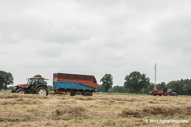 Fendt 818 + New Holland (2)
