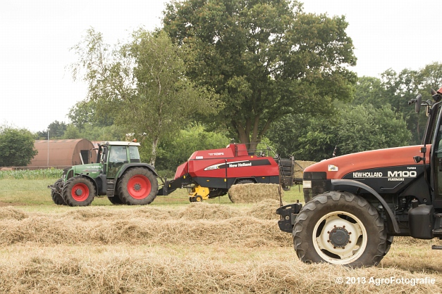 Fendt 818 + New Holland (6)