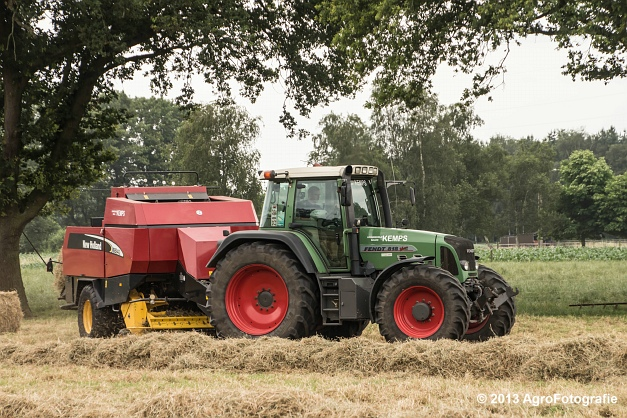 Fendt 818 + New Holland (7)