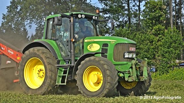 John Deere 7530 + Kuhn MERGE MAXX 900 (7)