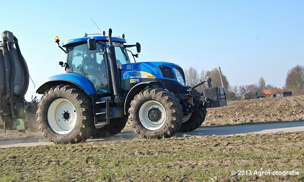 New Holland T6080 + Agrimat Challenger (11)