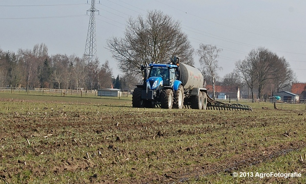 New Holland T6080 + Agrimat Challenger (19)