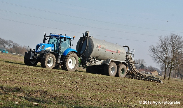 New Holland T6080 + Agrimat Challenger (2)