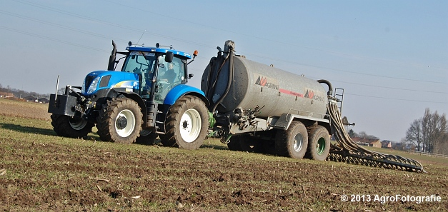 New Holland T6080 + Agrimat Challenger (21)