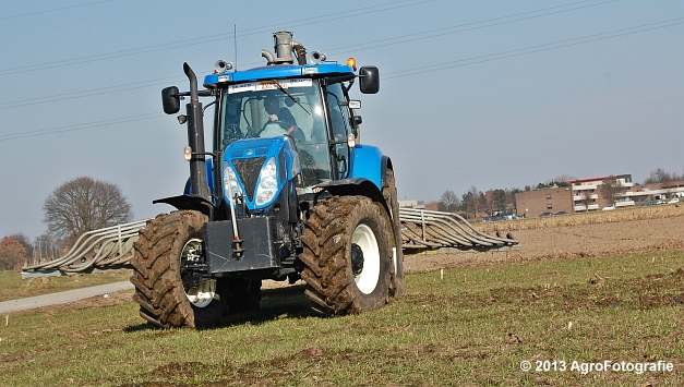 New Holland T6080 + Agrimat Challenger (27)