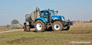 New Holland T6080 + Agrimat Challenger (28)