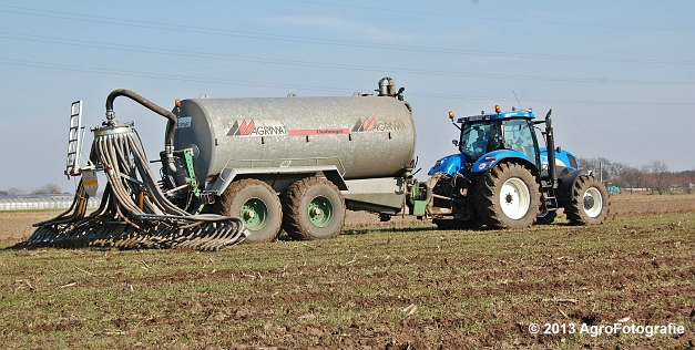 New Holland T6080 + Agrimat Challenger (29)
