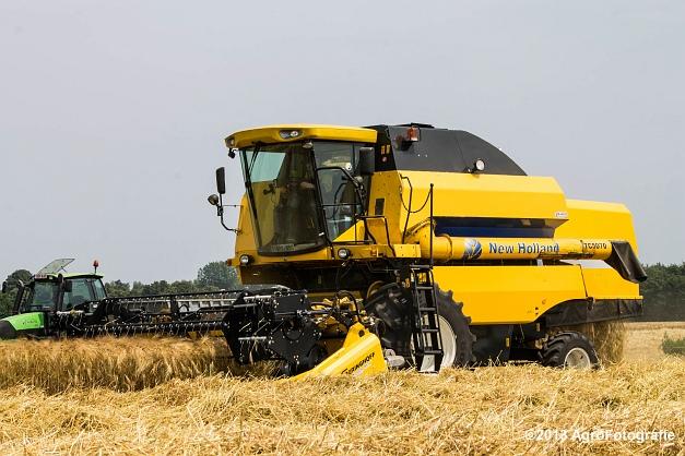 New Holland TC 5070 (21)