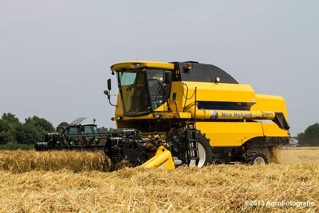 New Holland TC 5070 (22)